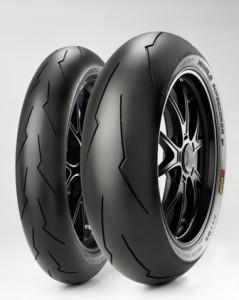 Pirelli_Diablo Supercorsa_Set_Isometric